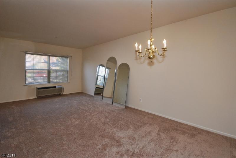 Additional photo for property listing at 1204 Richmond Road  West Milford, Нью-Джерси 07480 Соединенные Штаты