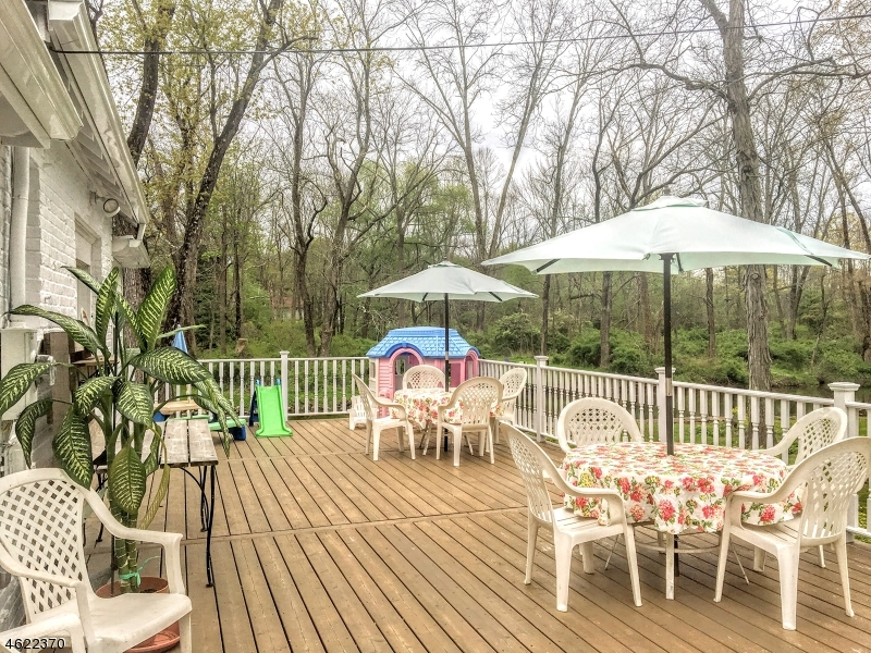 Additional photo for property listing at 5 Mallard Cove Road  Long Valley, New Jersey 07853 United States