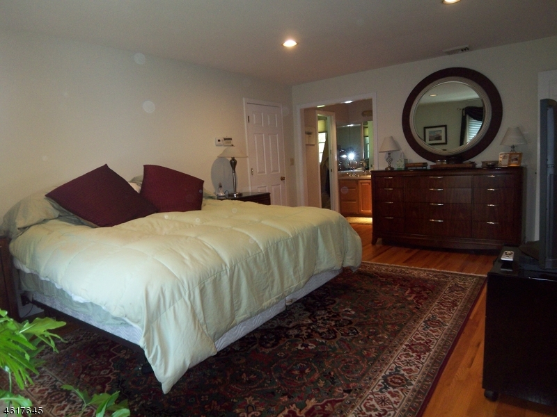 Additional photo for property listing at 923 ROUTE 517  Glenwood, New Jersey 07418 États-Unis