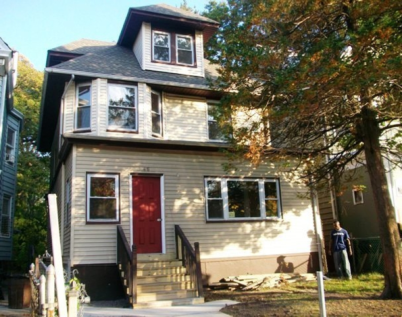 Additional photo for property listing at 46 Shepard Avenue  East Orange, New Jersey 07018 United States