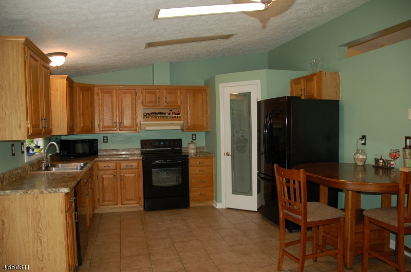 Additional photo for property listing at 79-A Mount Vernon Road  Blairstown, New Jersey 07825 États-Unis