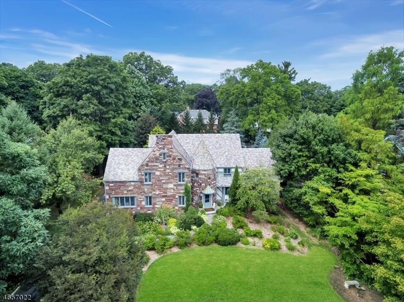 Частный односемейный дом для того Продажа на 286 Highland Avenue Ridgewood, 07450 Соединенные Штаты