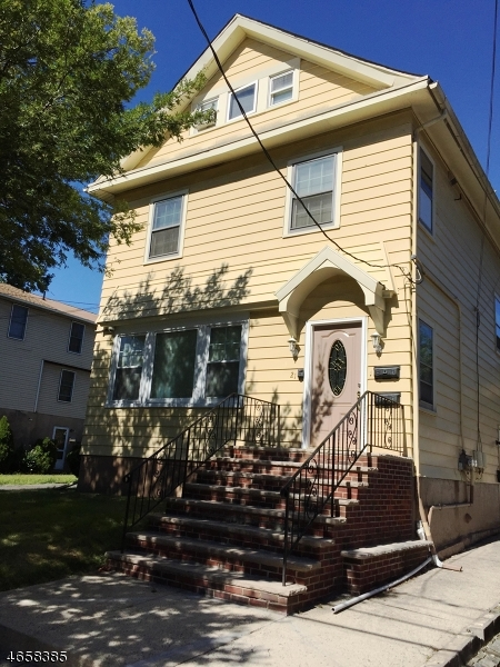 Многосемейный дом для того Продажа на 21 Wetmore Avenue Maplewood, Нью-Джерси 07040 Соединенные Штаты