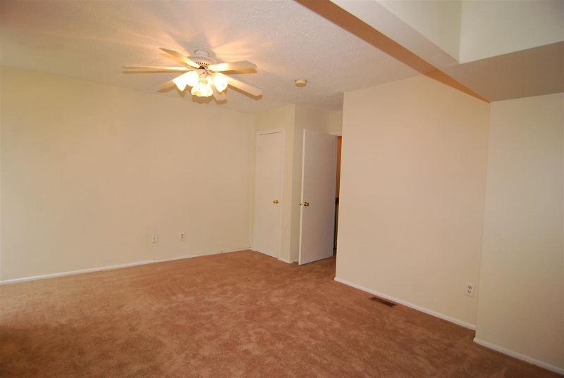 Additional photo for property listing at 24 Garden Court  Succasunna, New Jersey 07876 États-Unis