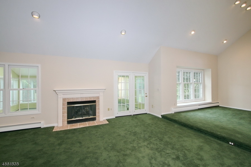 Additional photo for property listing at 22 Dexter Dr S  Basking Ridge, New Jersey 07920 États-Unis