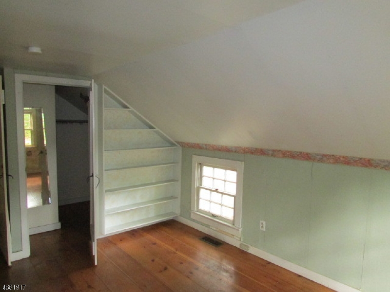 Additional photo for property listing at 61 Dewey Avenue  High Bridge, Nueva Jersey 08829 Estados Unidos