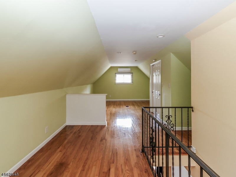 Additional photo for property listing at 1116 Winans Avenue  Linden, New Jersey 07036 United States