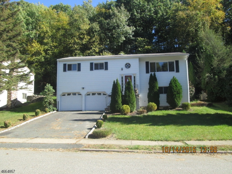 Additional photo for property listing at 30 Highview Ter  Dover, New Jersey 07801 États-Unis