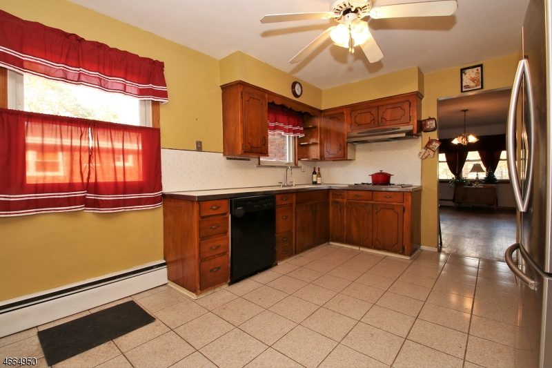 Additional photo for property listing at 9 Belvedere Avenue  Wanaque, New Jersey 07465 United States