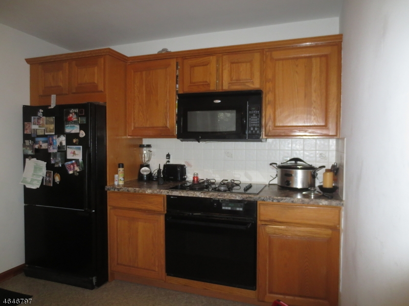 Additional photo for property listing at 22 Lincoln Avenue  Vernon, New Jersey 07462 États-Unis