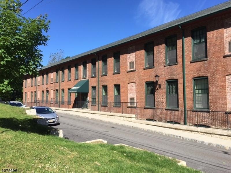 独户住宅 为 出租 在 91 Park Heights Avenue Dover, 新泽西州 07801 美国
