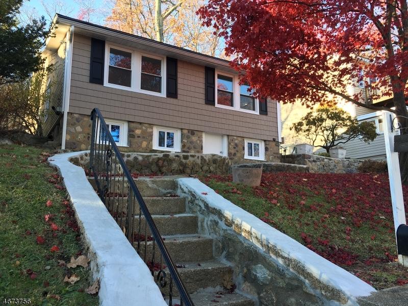 Частный односемейный дом для того Аренда на 93 W CEDAR LK Denville, 07834 Соединенные Штаты