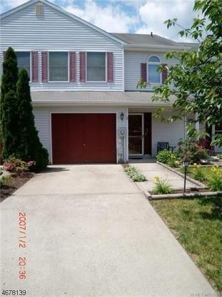 Casa Unifamiliar por un Venta en 23 Ketch Court Tuckerton, Nueva Jersey 08087 Estados Unidos