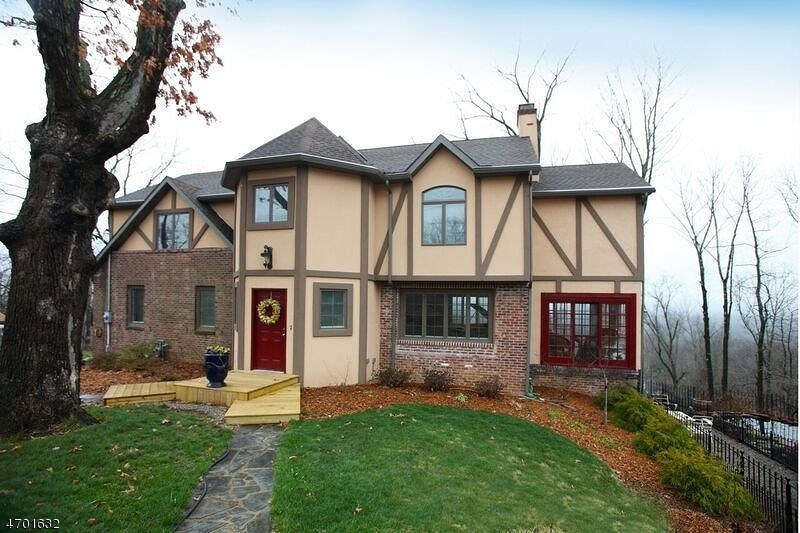 Single Family Home for Sale at 549 Long Hill Road Gillette, New Jersey 07933 United States