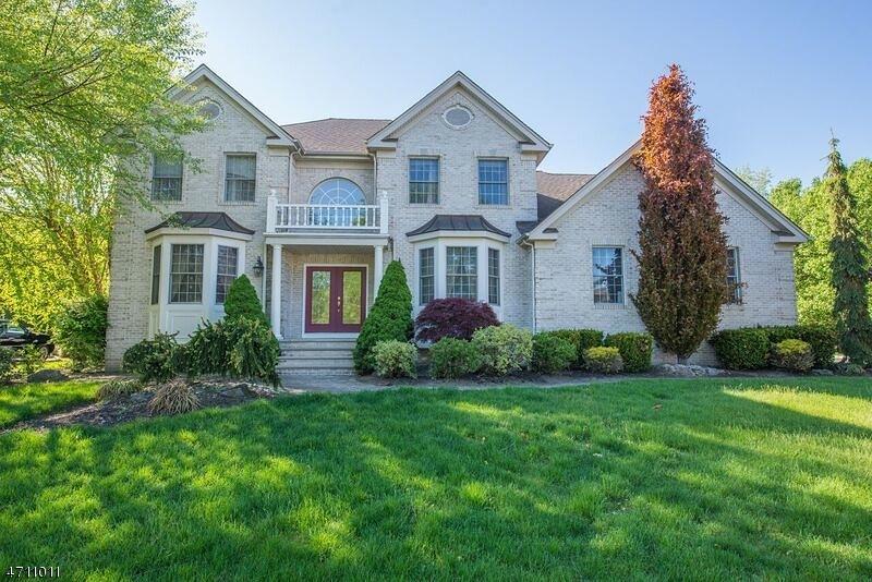 独户住宅 为 销售 在 5 Ralph Drive Fairfield, 07004 美国