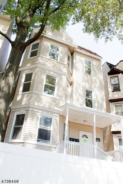 Single Family Home for Rent at 205 N 15th Street East Orange, New Jersey 07017 United States