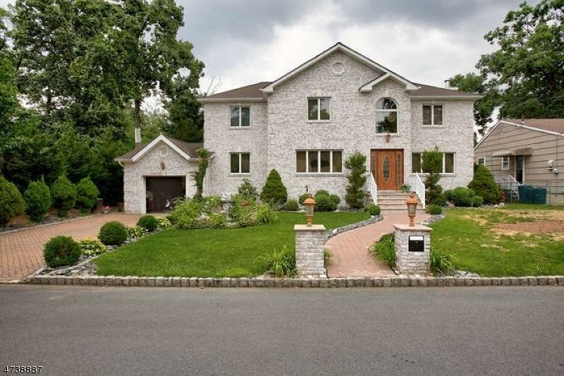 Casa Unifamiliar por un Venta en 727 Richfield Avenue Kenilworth, Nueva Jersey 07033 Estados Unidos