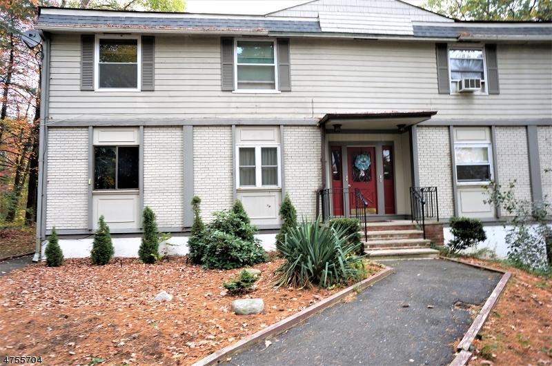 Частный односемейный дом для того Аренда на 209-E Lake Shore North Montague, Нью-Джерси 07827 Соединенные Штаты