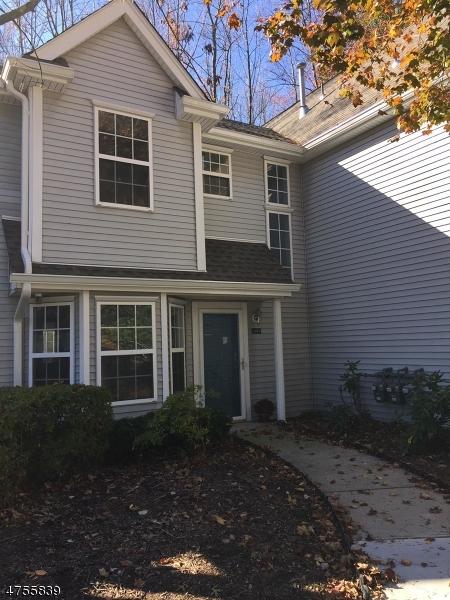 Maison unifamiliale pour l à louer à 3804 Tudor Drive Pequannock, New Jersey 07444 États-Unis