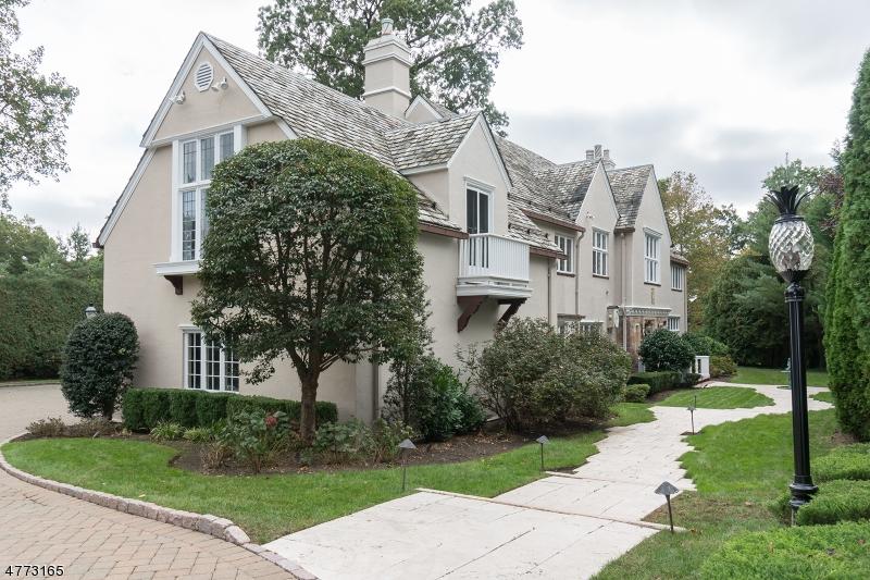 Maison unifamiliale pour l Vente à 256 Hempstead Road Ridgewood, New Jersey 07450 États-Unis