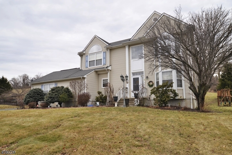 Single Family Home for Sale at 7 Winchester Avenue Mansfield, New Jersey 07840 United States