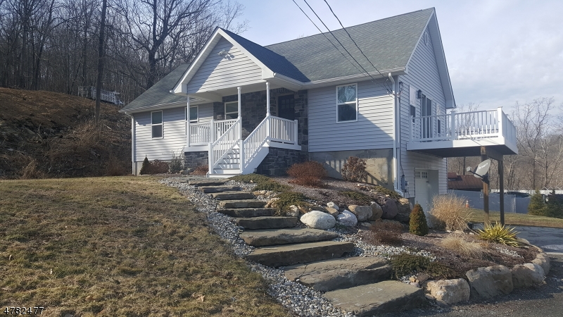 Single Family Home for Rent at 8 Kemah Lake Road Branchville, New Jersey 07826 United States