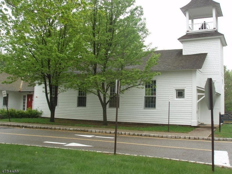 商用 為 出售 在 26 W Hanover Avenue 26 W Hanover Avenue Randolph, 新澤西州 07869 美國