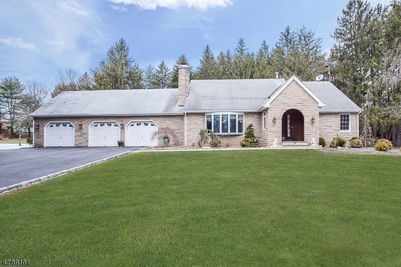 Частный односемейный дом для того Продажа на 140 Lambertville Hopewell Road East Amwell, Нью-Джерси 08525 Соединенные Штаты