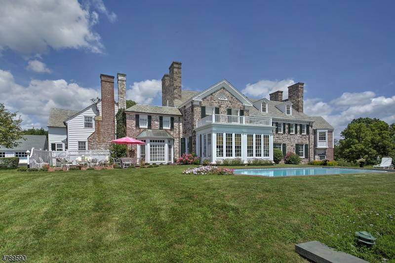 独户住宅 为 销售 在 545 Larger Cross Road 贝德明斯特, 新泽西州 07921 美国