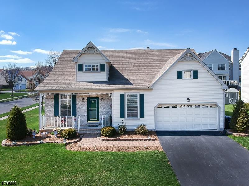 Casa Unifamiliar por un Venta en 22 Kyle Drive Lopatcong, Nueva Jersey 08865 Estados Unidos