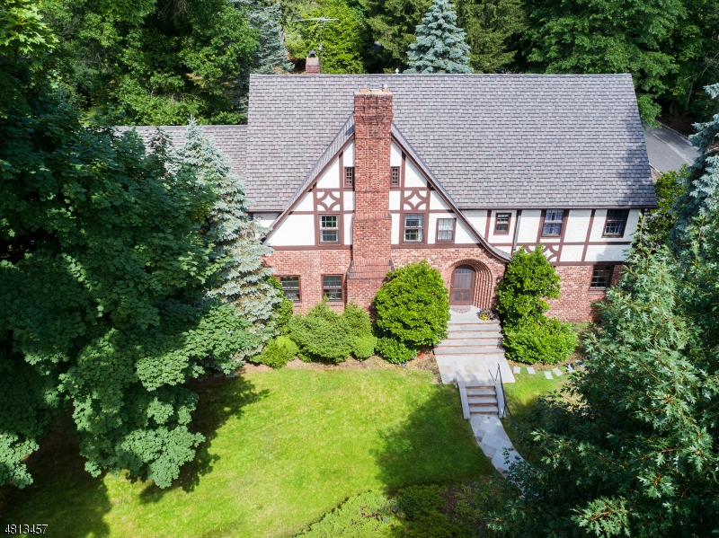 Single Family Home for Sale at 88 UNDERCLIFF Road Montclair, New Jersey 07042 United States