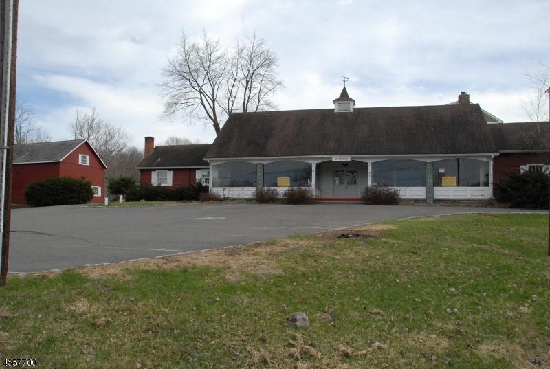 商用 为 销售 在 2 LENAPE Road 安德沃, 新泽西州 07821 美国