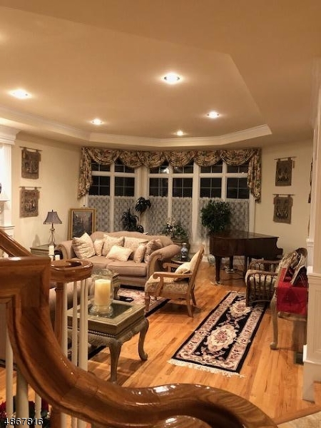 Additional photo for property listing at  Union, Nova Jersey 08867 Estados Unidos