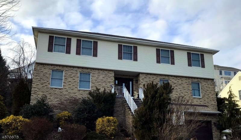 Single Family Home for Sale at 19 STIRLING TER 19 STIRLING TER Totowa Boro, New Jersey 07512 United States