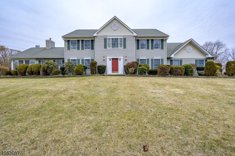 Single Family Homes por un Venta en Allamuchy, Nueva Jersey 07838 Estados Unidos