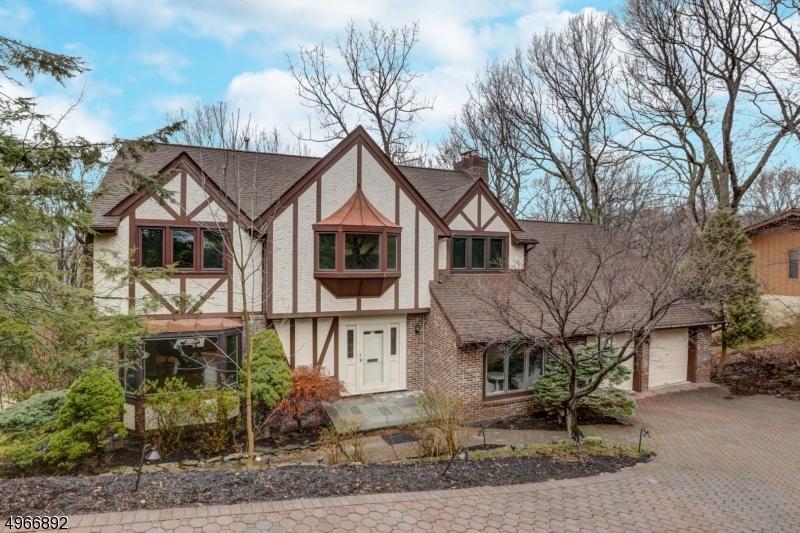 Single Family Homes voor Verkoop op Allamuchy, New Jersey 07840 Verenigde Staten