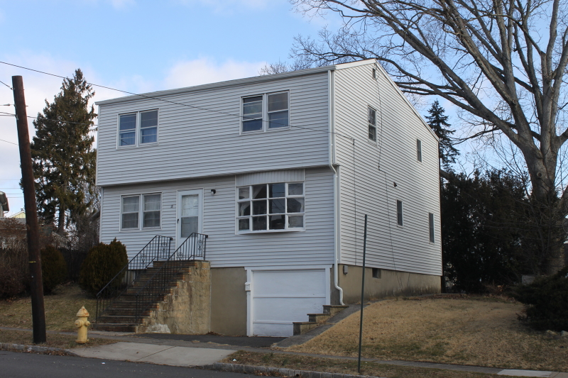 Single Family Home for Sale at 16 Valentine Rd, (18) Bloomfield, New Jersey 07003 United States