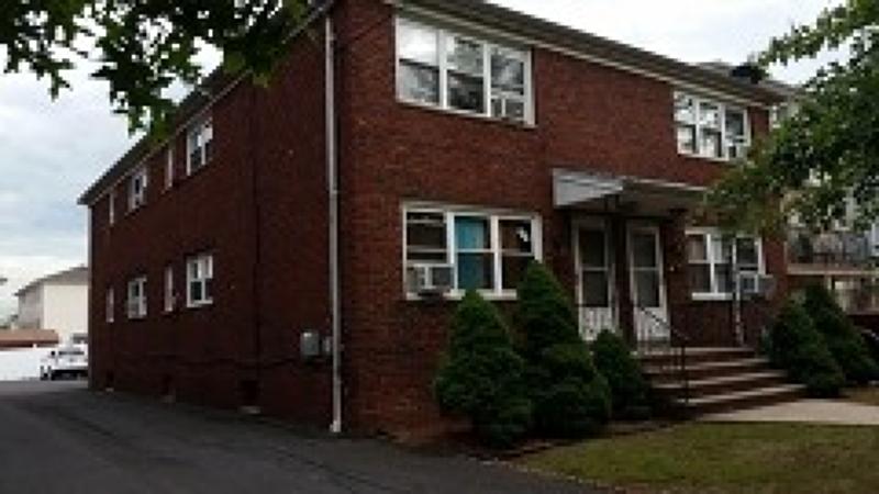 多户住宅 为 销售 在 923-925 JACKSON Avenue Elizabeth, 新泽西州 07201 美国