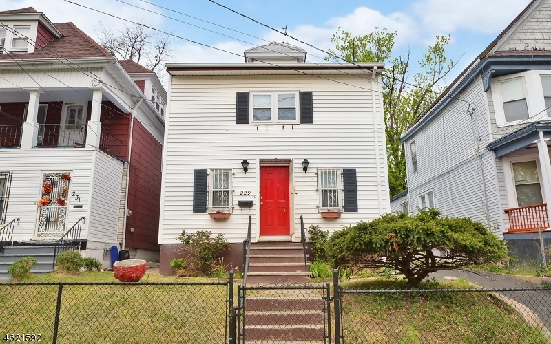 Additional photo for property listing at 229 Smith Street  Newark, Nueva Jersey 07106 Estados Unidos