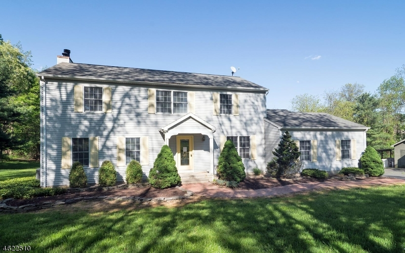 Single Family Home for Sale at 126 PERRYVILLE Road Pittstown, New Jersey 08867 United States