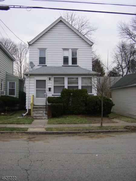 Maison unifamiliale pour l Vente à 89 2nd Avenue Hawthorne, New Jersey 07506 États-Unis