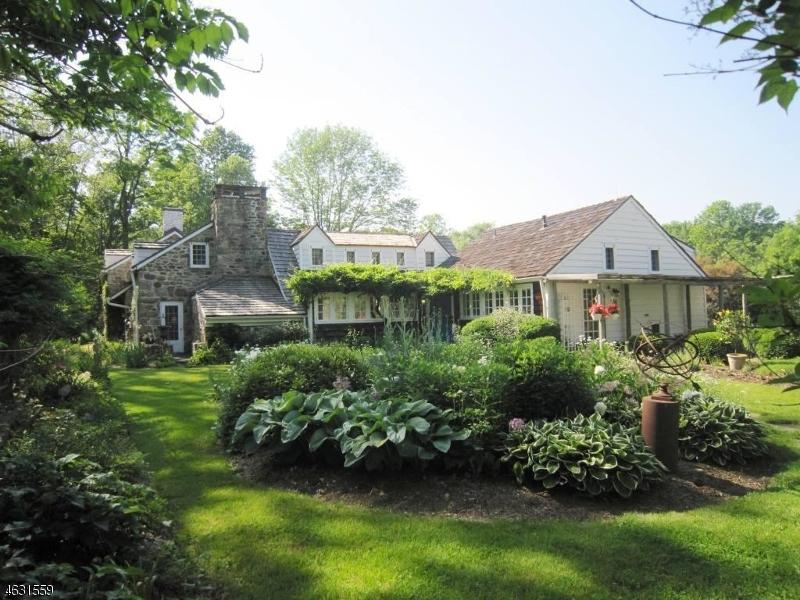 Частный односемейный дом для того Продажа на 88 ROCKAWAY ROAD Lebanon, 08833 Соединенные Штаты