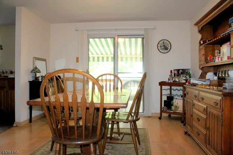 Additional photo for property listing at 7 Cambridge E  Oxford, Нью-Джерси 07863 Соединенные Штаты