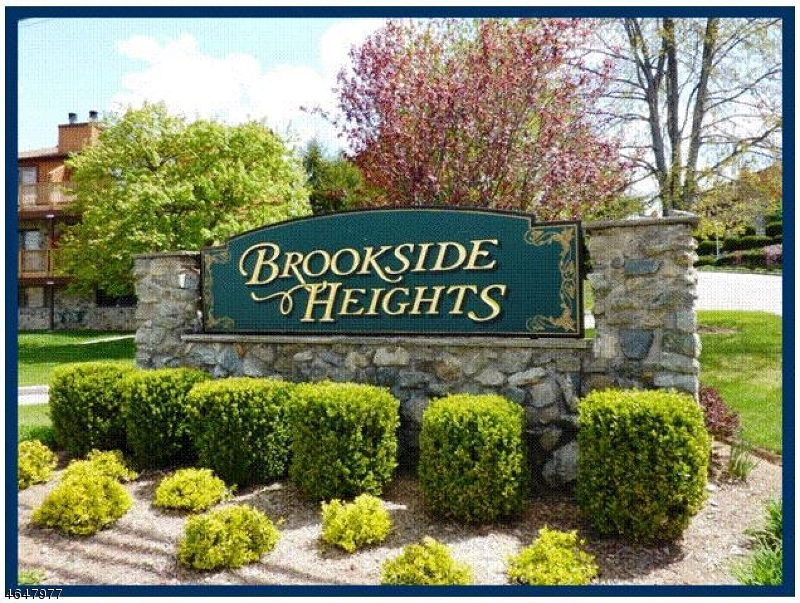 Single Family Home for Rent at 5E BROOKSIDE HTS Wanaque, 07465 United States