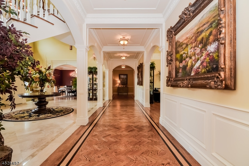 Additional photo for property listing at 12 Spook Ridge Road  Saddle River, New Jersey 07458 États-Unis