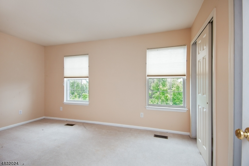 Additional photo for property listing at 14 Clark Court  Basking Ridge, New Jersey 07920 United States