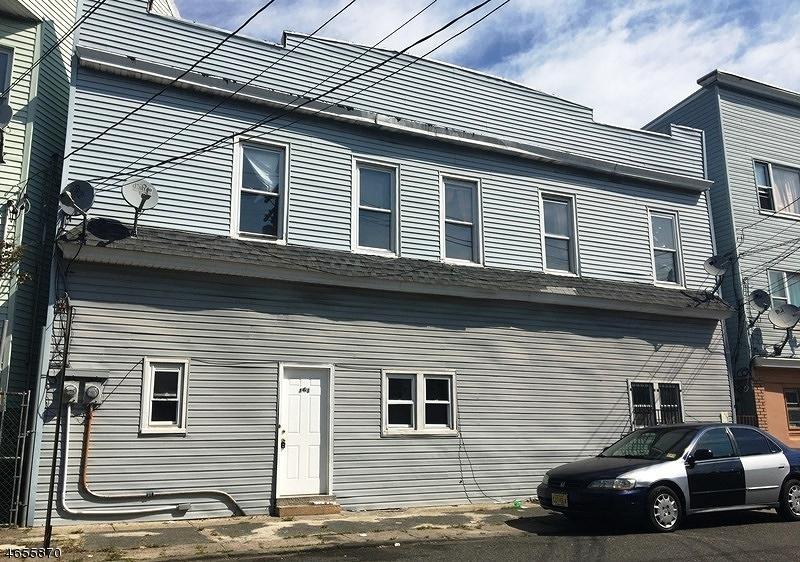 多户住宅 为 销售 在 161 Lyon Street Paterson, 新泽西州 07513 美国