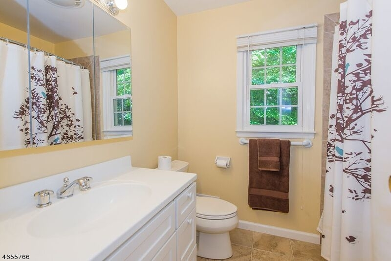 Additional photo for property listing at 11 BUTTERNUT Road  Randolph, Nueva Jersey 07869 Estados Unidos