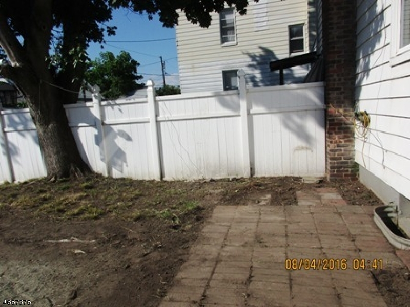 Additional photo for property listing at 199 N 17th Street  Bloomfield, Nueva Jersey 07003 Estados Unidos