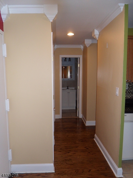 Additional photo for property listing at 821-R JERSEY Avenue  Elizabeth, 新泽西州 07202 美国
